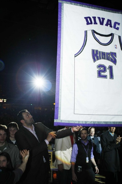 Retirement Ceremony for Vlade Divac's Jersey
